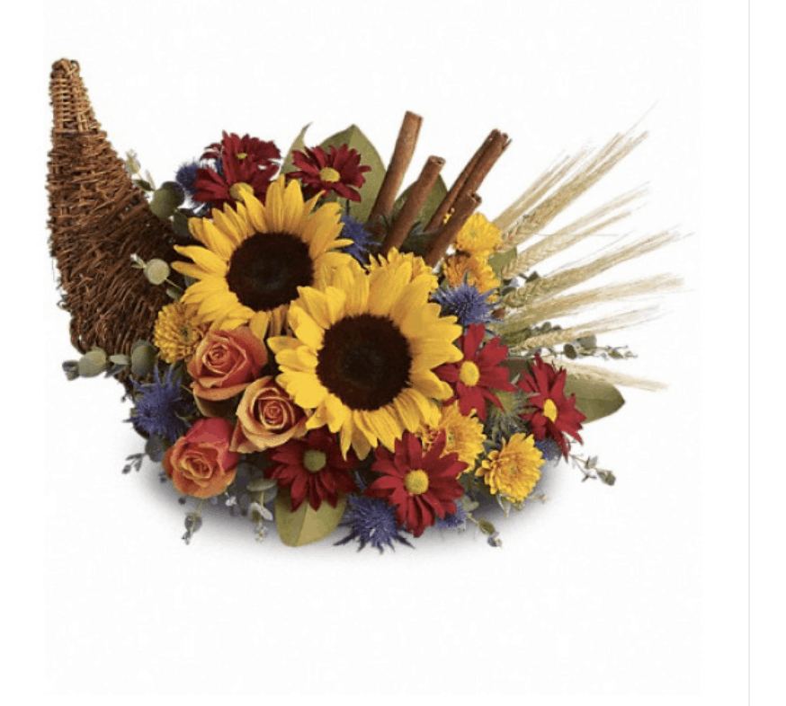 Stunning Thanksgiving Decorating Ideas: From Traditional Cornucopias to Wreaths and Bouquets